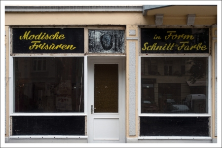 Modische Frisuren